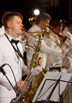 Биг-бенд Георгия Гараняна с солистами. Концертная программа «Музыкальные трофеи»
