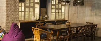 Ресторан Bla-bla Café. Новороссийск Исаева, 2