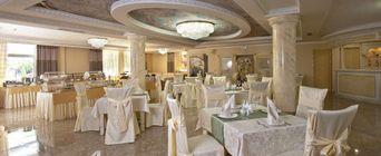 Ресторан Amici. Краснодар Красных Партизан, 112, отель Amici Grand